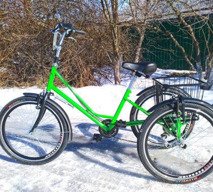 кататься на велосипеде по снегу