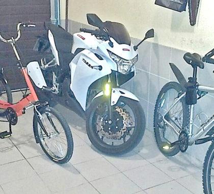 гараж для велосипеда и мотоцикла